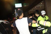 新北市,板橋,館前西路,KTV,打架,鬧事,聚眾,辣椒水