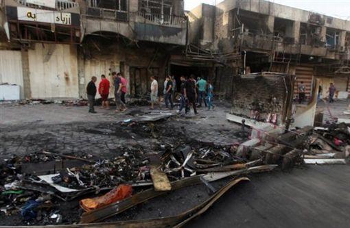 伊拉克首都巴格達遭自殺炸彈攻擊(圖/翻攝自推特)