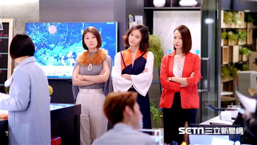小樂、鍾瑶、潘慧如、朱芷瑩《姊的時代》/行銷公關部