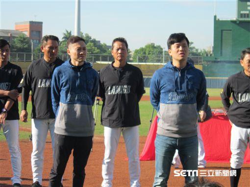 ▲Lamigo球團領隊劉玠廷(右)與副領隊浦韋青。(圖/記者蕭保祥攝)