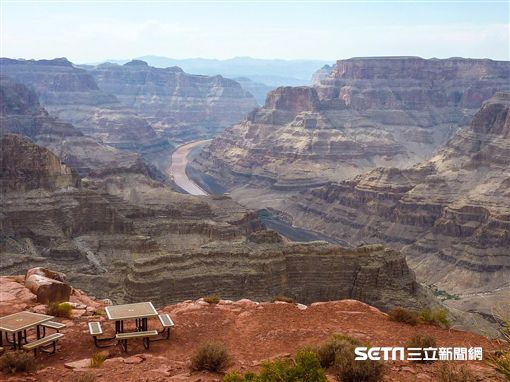 美國大峽谷泛舟體驗,Grand Canyon West。(圖/記者簡佑庭攝)