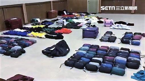 越南扒竊集團斐男等5人,以觀光名義來台行竊,利用能躲過防盜門感應的包包,一舉偷走734件、總價百萬元的服飾,警方趁他們離境前逮捕4人,訊後依竊盜罪送辦(翻攝畫面)