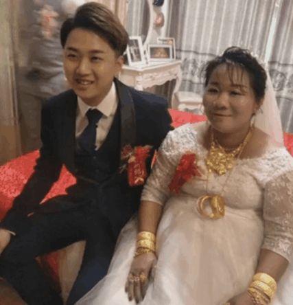 38歲富婆嫁23歲嫩男 網友一看:是真愛!