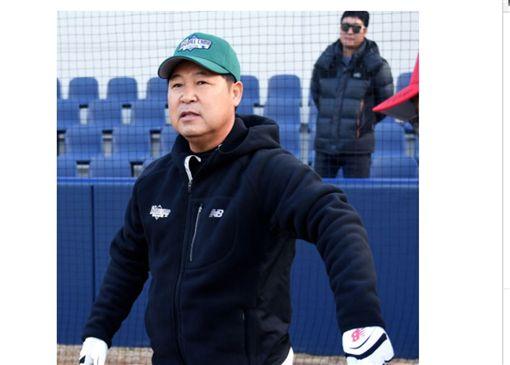 ▲韓國名將李萬洙將帶領寮國隊打雅加達亞運。(圖/截自韓國媒體)