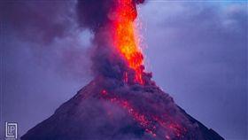 菲律賓,馬永火山,熔岩,火山灰,噴發,撤離(圖/翻攝自推特@PhilippineStar)https://twitter.com/search?q=Mayon&src=typd&lang=zh-tw