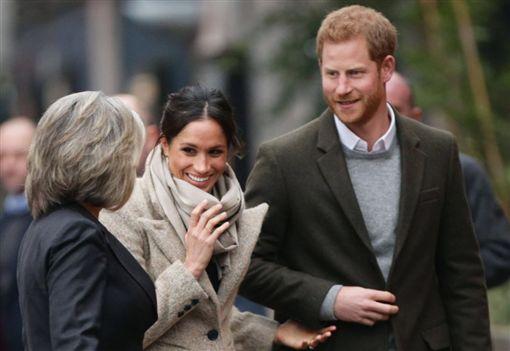 英國皇室,徵人,傳訊助理,年薪,出訪,哈利王子,梅根馬克爾,婚禮,威廉王子,凱特王妃(圖/翻攝自The Royal Family Twitter)