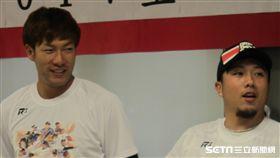 ▲軟銀鷹選手柳田悠岐(左)與李杜軒交情好。(圖/記者蕭保祥攝)