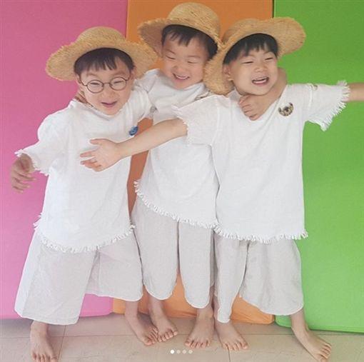 大韓民國萬歲,大韓,民國,萬歲,三胞胎,法國,巧遇,宋一國,抽高,型男/宋一國IG