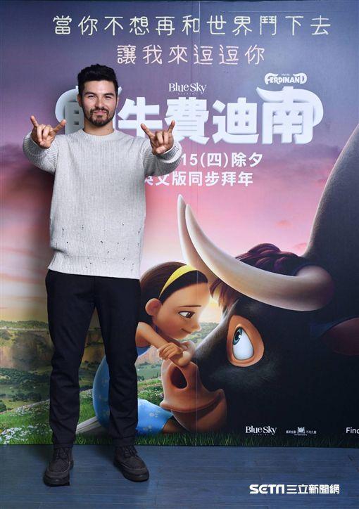 萌牛費迪南,約翰希南,鳳小岳,電影,角色配音/福斯電影提供