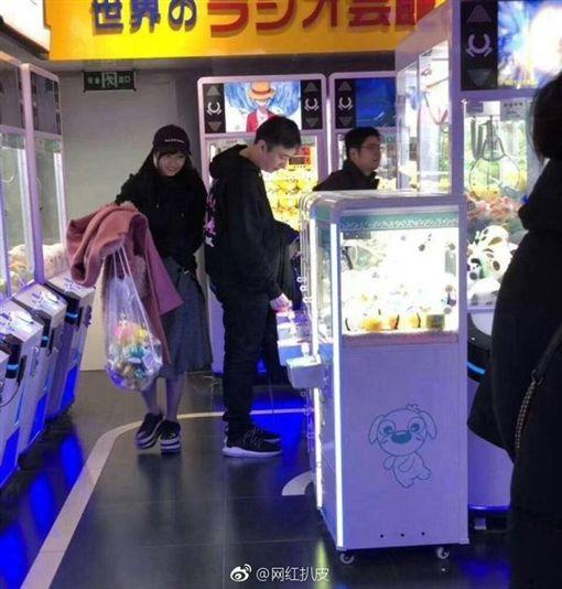 佐野雛子,王思聰/翻攝自微博