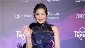 ▲莊佳容盛裝登場,閃耀奪目。(圖/WTA台灣公開賽大會提供)