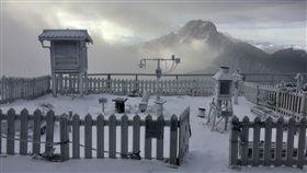 0130玉山下雪 圖/氣象局提供