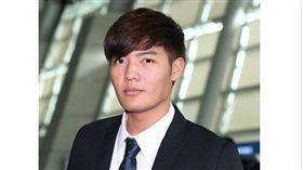 ▲王維中與NC恐龍從仁川機場飛往美國春訓。(圖/截自韓國媒體)