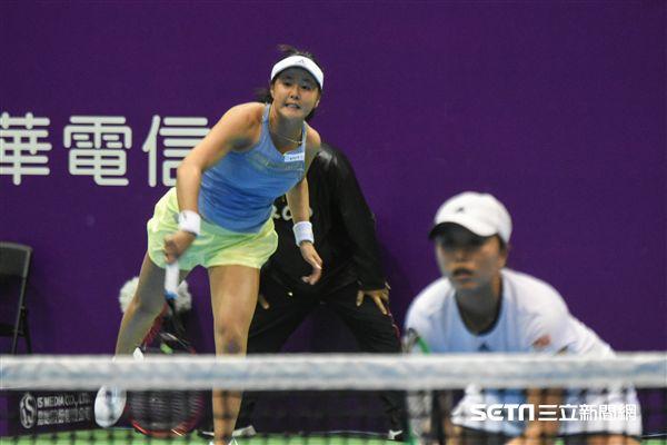 WTA台灣公開賽女子雙打徐靖雯、李亞軒。(圖/記者林敬旻攝)
