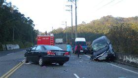 苗栗造橋鄉台13甲線公路清晨發生兩車相撞車禍,回娘家的王妻不幸身亡。圖/翻攝