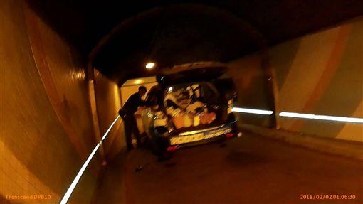 台北,大安,辛亥隧道,燒炭,計程車司機