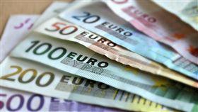 趁新台幣走強 投資大戶建議快換「澳幣、加幣、歐元」 歐元,圖/翻攝自Pixabay