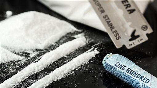 吸毒,毒品(圖/翻攝自Pixabay)