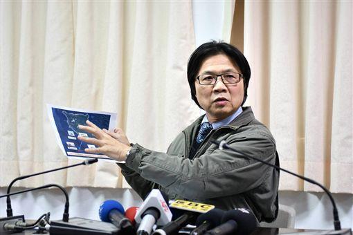 內政部長葉俊榮6日赴台東指揮搜救,以及慰問家屬。(圖/內政部提供)