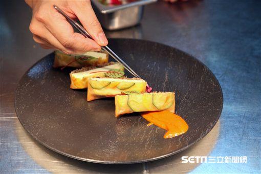 圍爐,年菜剩菜,年菜再操縱,台北君悅酒店,寶艾西餐廳,威靈頓豆腐。(圖/記者簡佑庭攝)