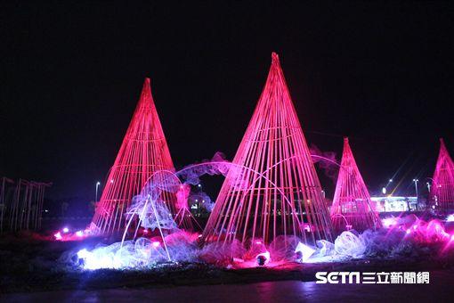 台灣燈會在嘉義,山林鐵道文化燈區。(圖/嘉義縣文化參觀局供應)