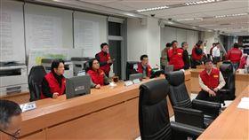 行政院長賴清德及政院相關人員亦進駐應變中心。(行政院提供)