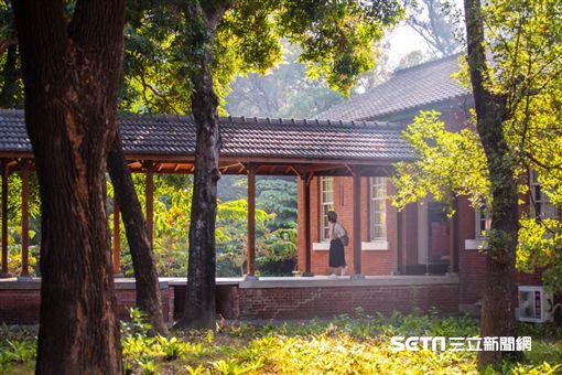 《實習曲》名導演陳懷恩,台南成功大學力行校區。(圖/滿漢大餐供應)