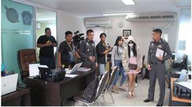 泰國一名女子遭假扮警察得男子劫財不成,帶到旅館輪姦抵債。(圖/翻攝The Nation Thailand)