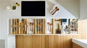 名家專用/幸福空間/過年微改造!讓廚房有清爽「日雜」風(勿用)