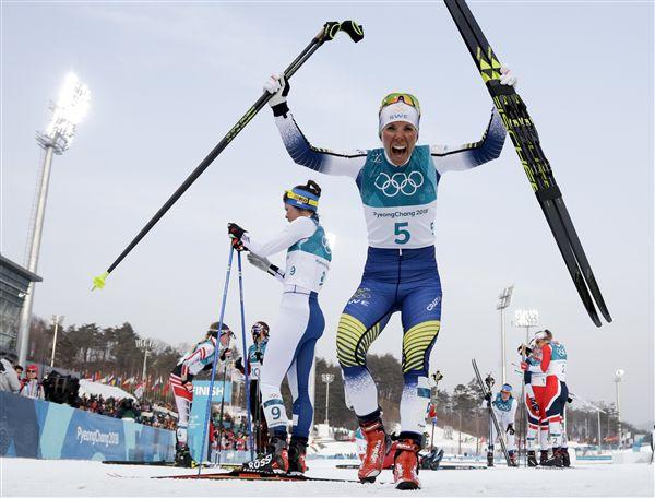 ▲瑞典滑雪女將Charlotte Kalla(右)。(圖/美聯社/達志影像)