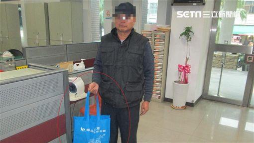 台中,計程車,運將,新北,拾金不昧(圖/翻攝畫面)