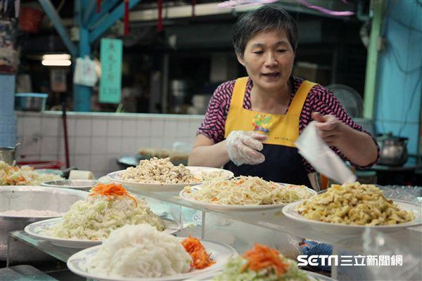 嘉義小吃,美食,東市場,蕭家春捲。(圖/記者簡佑庭攝)