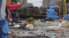 玻利維亞西部城市奧魯羅(Oruro)嘉年華附近發生氣爆(圖/翻攝自推特)