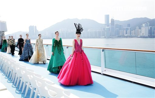 嘉年華集團,歌詩達郵輪,新浪漫號,時裝秀,模特兒,Jessica Minh Anh,香港,天際線