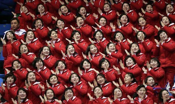 ▲北韓「美女軍團」啦啦隊。(圖/美聯社/達志影像)