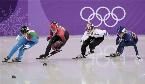 ▲加拿大Kim Boutin(左二)、地主南韓選手崔敏靜(左三)。(圖/美聯社/達志影像)