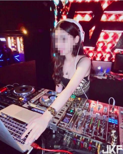 有美乳女DJ稱號的陳女,控告張姓小模恐嚇敗訴。(圖/翻攝陳女IG)