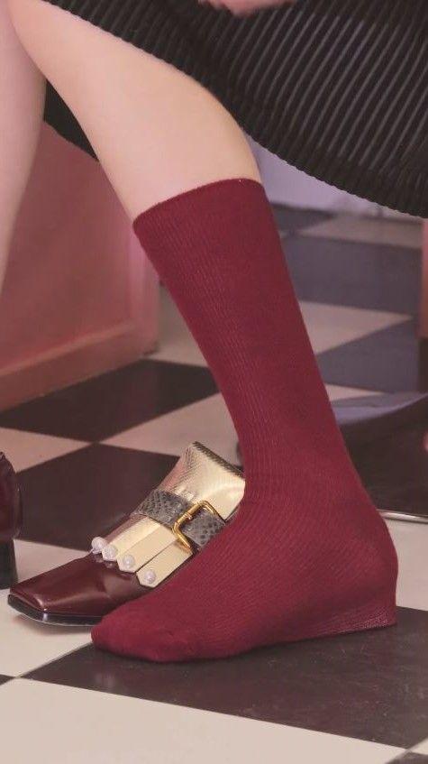 網美,變美,秘訣,秘密.美圖,詐欺,絲襪,暖暖包,鎖骨,鞋墊(圖/翻攝自臉書)