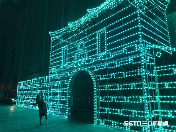 台北燈節,狗年,西門町。(圖/記者簡佑庭攝)