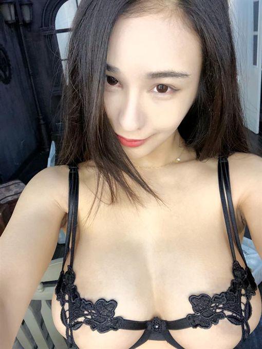 萬姊(圖/翻攝自臉書)