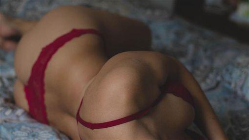 胸部、Bra、內衣、性感、性愛示意圖/pixabay