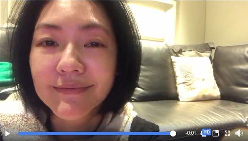 小S哽咽拍影片背質疑喝醉(翻攝自小S臉書)