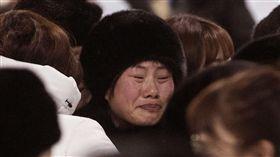 ▲北韓冰球選手哭紅眼。(圖/美聯社/達志影像)