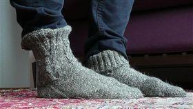 -襪子-腳-▲圖/攝影者AnnaKika, flickr CC License(https://www.flickr.com/photos/ullkika/4611086269/)
