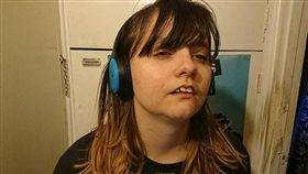 英國,魯頓,少女,Sam Hart,嗜睡症(圖/網易 http://news.163.com/18/0228/13/DBO27R4U00018AOQ.html)