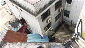 大陸狠母把4歲兒從4樓丟下/澎湃新聞網