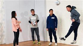 ▲中華男足總教練懷特上節目談足球。(圖/17 TV提供)