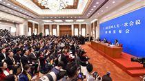 十三屆中國大陸全國人大一次會議舉行新聞發布會/中國大陸國務院官網