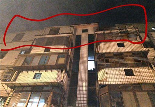 公寓,頂樓,占用,鄰居,自私,爆料公社 圖/翻攝自臉書爆料公社