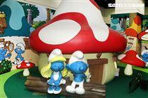 風迷全球比利時藍色小精靈村莊,體驗藍色小精靈的世界,藍色皮膚白色褲子身高只有三個蘋果高,據說他們都超過百歲了,超可愛的。(記者邱榮吉/攝影)